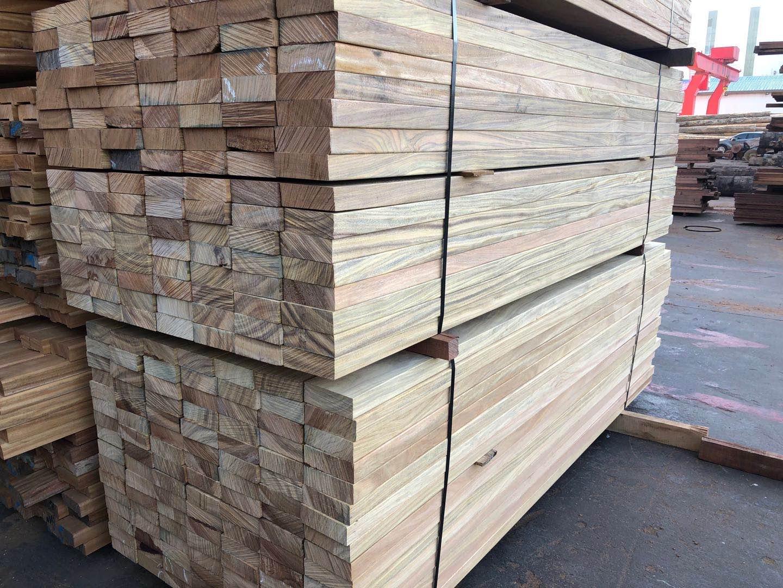 松缘塔利木出货中-木材加工厂